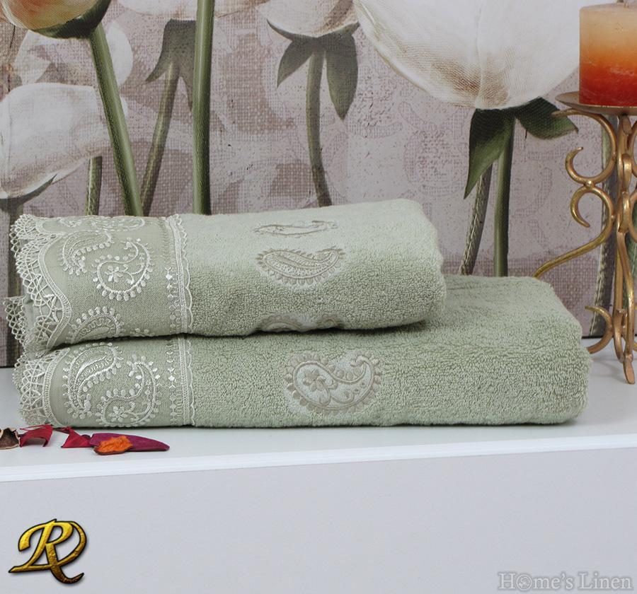 Комплект 2бр. хавлиени кърпи с дантела резеда